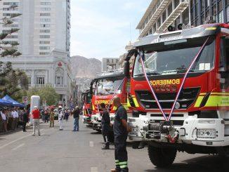 Gobierno entrega nuevo equipamiento al cuerpo de bomberos de la Región de Antofagasta