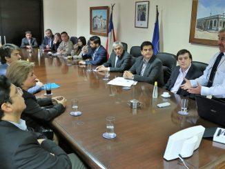 UA presentó programa de operativos médicos a Intendente regional