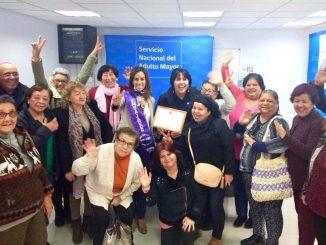 Adultos mayores distinguen a diputada Núñez como embajadora de buen trato