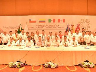 Intendente firmó importante acuerdo de cooperación entre países de la Alianza del Pacífico en México