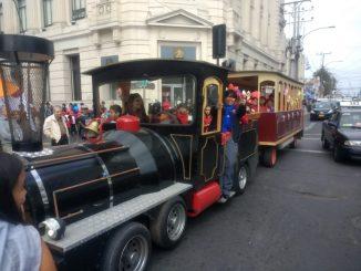 Alegría y paseos en tren marcaron la feria de la Infancia en Antofagasta