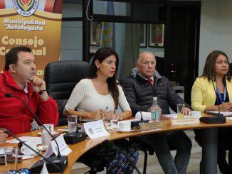 Antofagasta analiza consulta ciudadana por restricción horaria a menores