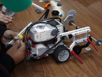 Invasión de robots educativos en Sierra Gorda