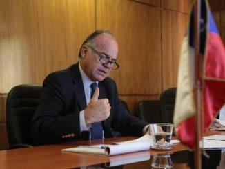 Ministro Walker da cuenta al Senado de las medidas implementadas por el Gobierno para enfrentar el COVID-19