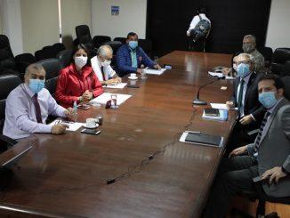 Alcaldesa Karen Rojo abordó temas de seguridad de la comuna con Ministro del Interior