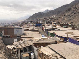 Burn to Give lanza campaña para entregar comidas y conectividad digital a los campamentos de Chile