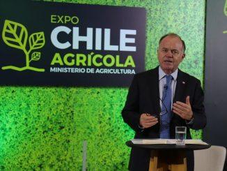 """Ministro Walker inaugura la tercera versión de la Expo Chile Agrícola 2020: """"Es el taller de capacitación más grande que se ha realizado en la agricultura chilena en años"""""""