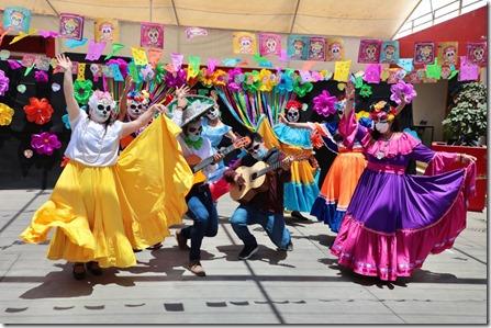 Cierre mes Adulto Mayor- musical COCO (7)