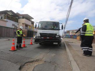 Aprueban $800 millones para obras de reparación de hoyos y obras barriales