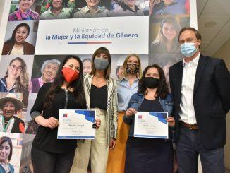 Ministerios de Vivienda y Mujer firman convenio para apoyar con soluciones habitacionales a mujeres víctimas de violencia