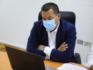 Alcalde Wilson Díaz se reúne con grupo Michelin para gestionar instalación de planta de reciclaje de neumáticos mineros en Antofagasta