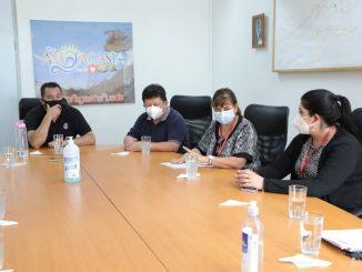 """Alcalde Wilson Díaz lideró mesa de trabajo para otorgar """"luz verde"""" a proyectos habitacionales en La Chimba"""