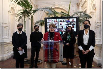Ministra Valdeės lanza Agenda de Cultura Digital (2)