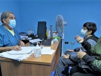 """""""Sembrando Salud"""" de la U. de Antofagasta reinició actividades con operativo médico en Taltal"""