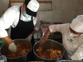 ¡El Día Mundial del Refugiado se vive con un rico almuerzo colombiano!