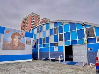 Firman acta de entrega de terreno para inicio de obras de mejoramiento de Gimnasio Guibaldo Ormazábal